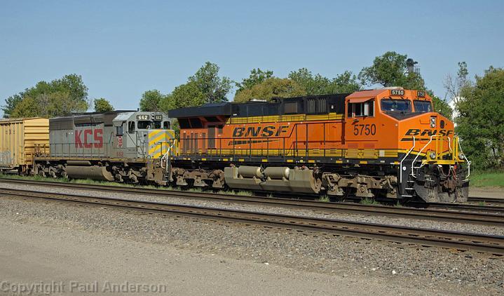 BNSF/5000 - 5999/BNSF 5750 - ES44AC